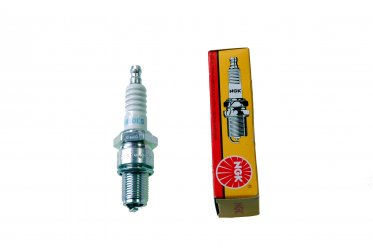 Spark plug for Rodeo, Instinct NS160, 200, 230